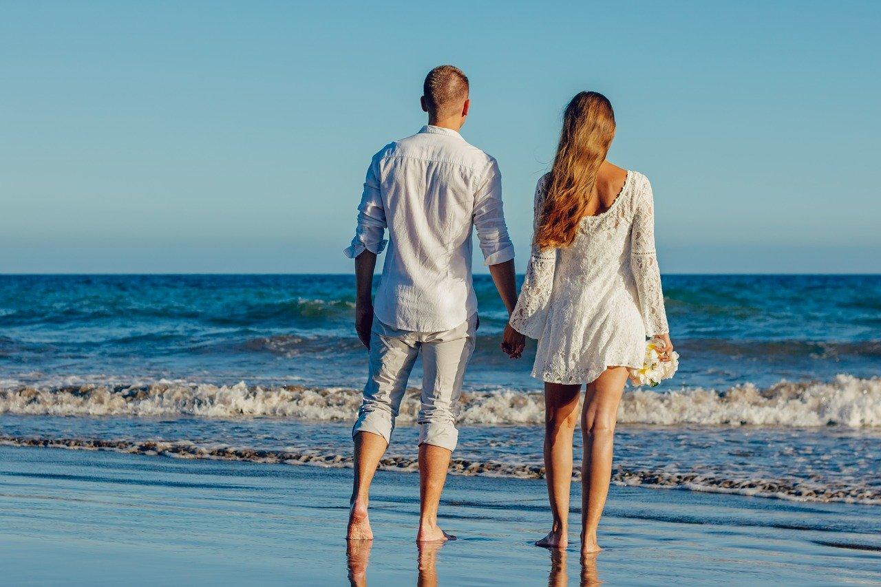 Статья Лиз Бурбо: Право быть счастливым