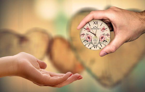 СТАТЬЯ ЛИЗ БУРБО: Первые четыре минуты вашего утра